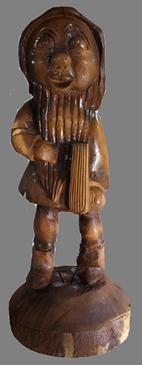 скульптура из дерева Гном Умник